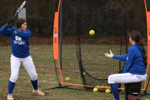 Kerens Lady Cats down Lady Tigers, 26-4